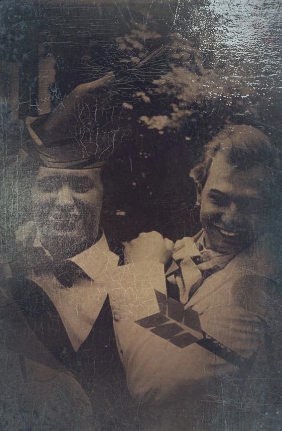 Stan Pluijmen (links), de moderne Robin Hood